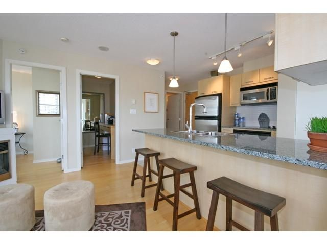 """Photo 3: Photos: 1402 1199 SEYMOUR Street in Vancouver: Downtown VW Condo for sale in """"BRAVA"""" (Vancouver West)  : MLS®# V877625"""