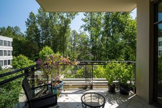 """Photo 19: 300 508 WATERS EDGE Crescent in West Vancouver: Park Royal Condo for sale in """"Waters Edge"""" : MLS®# R2603376"""