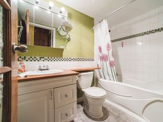 """Photo 9: 401 1350 COMOX Street in Vancouver: West End VW Condo for sale in """"Broughton Terrace"""" (Vancouver West)  : MLS®# R2258783"""