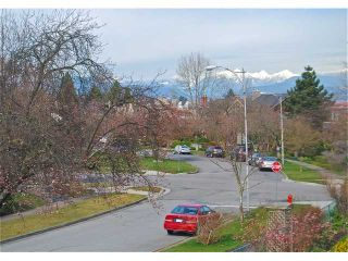 Photo 5: 4742 ELM Street in Vancouver: MacKenzie Heights House for sale (Vancouver West)  : MLS®# V878692