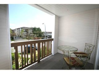 """Photo 9: 7 7100 LYNNWOOD Drive in Richmond: Granville Townhouse for sale in """"LAUREL WOOD"""" : MLS®# V891072"""
