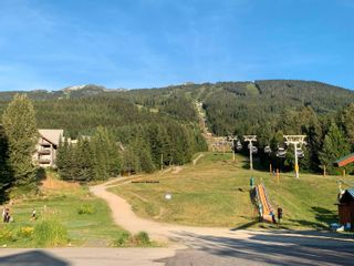 """Photo 12: 101 4800 SPEARHEAD Drive in Whistler: Benchlands Condo for sale in """"The Aspens"""" : MLS®# R2623932"""