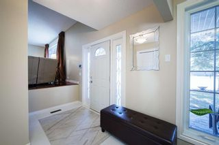 Photo 3: 28 Parkwood Rise SE in Calgary: Parkland Detached for sale : MLS®# A1091754