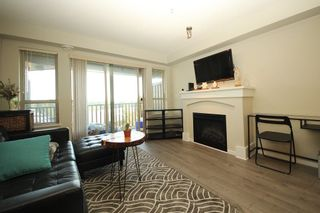 """Photo 2: 307 3110 DAYANEE SPRINGS Boulevard in Coquitlam: Westwood Plateau Condo for sale in """"LEDGEVIEW"""" : MLS®# R2229127"""