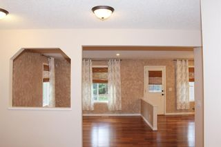 Photo 13: 7 Cougarstone Circle SW in Calgary: Cougar Ridge Detached for sale : MLS®# A1147627