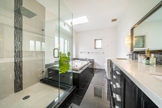 Photo 12: 6488 WILTSHIRE Street in Vancouver: South Granville House for sale (Vancouver West)  : MLS®# R2614052
