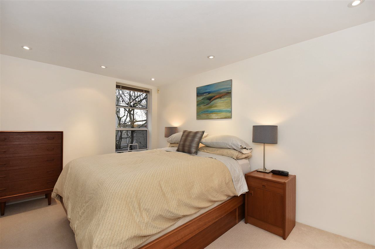 """Photo 18: Photos: 2311 OAK Street in Vancouver: Fairview VW Townhouse for sale in """"OAKVIEW TERRACE"""" (Vancouver West)  : MLS®# R2151089"""