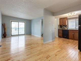 Photo 9: 25 Silverdale PL NW in Calgary: Silver Springs House for sale : MLS®# C4290404