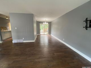 Photo 5: 727 Lenore Drive in Saskatoon: Lawson Heights Residential for sale : MLS®# SK860449
