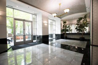 """Photo 5: 2607 438 SEYMOUR Street in Vancouver: Downtown VW Condo for sale in """"Conference Plaza"""" (Vancouver West)  : MLS®# R2574733"""