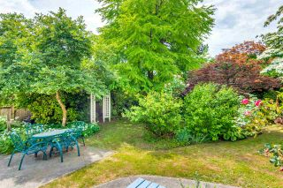"""Photo 13: 334 OLIVER Street in New Westminster: Queens Park House for sale in """"Queens Park"""" : MLS®# R2589086"""