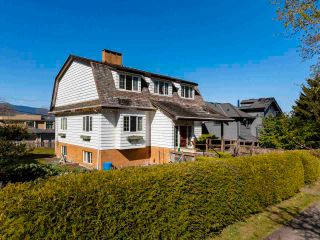 """Photo 25: 4545 W 6TH Avenue in Vancouver: Point Grey House for sale in """"Point Grey"""" (Vancouver West)  : MLS®# R2575660"""