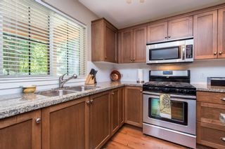 """Photo 13: 1842 MOSSY GREEN Way: Lindell Beach House for sale in """"THE COTTAGES AT CULTUS LAKE"""" (Cultus Lake)  : MLS®# R2593904"""