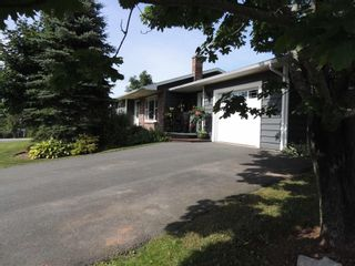 Photo 3: 1 Angie Walk in Milford: 105-East Hants/Colchester West Residential for sale (Halifax-Dartmouth)  : MLS®# 202122327