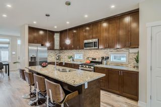Photo 10: 502 18 Avenue NW in Calgary: Mount Pleasant Semi Detached for sale : MLS®# A1151227