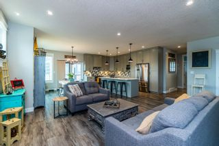 Photo 6: 3952 LARISA Court in Prince George: Edgewood Terrace House for sale (PG City North (Zone 73))  : MLS®# R2602458