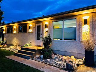 Photo 2: 330 Forrester Road in Saskatoon: Fairhaven Residential for sale : MLS®# SK870778