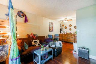 "Photo 5: 211 312 CARNARVON Street in New Westminster: Downtown NW Condo for sale in ""CARNARVON TERRACE"" : MLS®# R2241320"