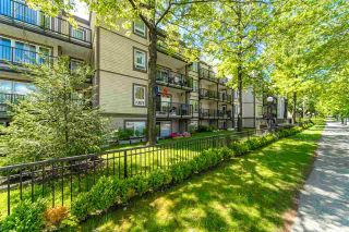 """Photo 3: 311 1040 E BROADWAY in Vancouver: Mount Pleasant VE Condo for sale in """"Mariner Mews"""" (Vancouver East)  : MLS®# R2504860"""