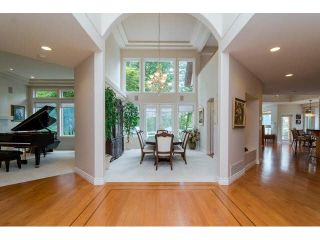 """Photo 2: 16133 MORGAN CREEK Crescent in Surrey: Morgan Creek House for sale in """"Morgan Creek"""" (South Surrey White Rock)  : MLS®# F1442523"""