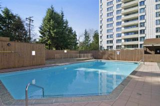 "Photo 20: 2104 5652 PATTERSON Avenue in Burnaby: Central Park BS Condo for sale in ""Central Park Place"" (Burnaby South)  : MLS®# R2463134"