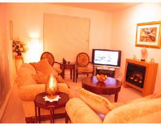 """Photo 3: 105 6033 KATSURA Street in Richmond: McLennan North Condo for sale in """"THE RED I"""" : MLS®# V679082"""