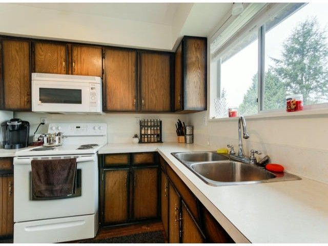 """Photo 6: Photos: 20283 46A Avenue in Langley: Langley City House for sale in """"Creekside"""" : MLS®# F1423769"""