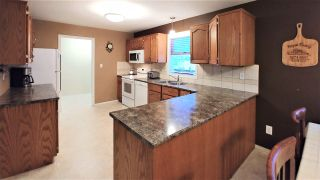 """Photo 9: 4653 NEWGLEN Place in Prince George: North Meadows House for sale in """"NORTH MEADOWS"""" (PG City North (Zone 73))  : MLS®# R2427838"""