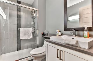 "Photo 11: 38 12775 63 Avenue in Surrey: Panorama Ridge Townhouse for sale in ""Enclave"" : MLS®# R2470117"