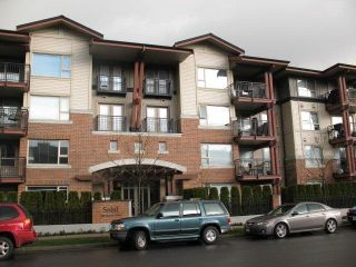Photo 1: 411 200 KLAHANIE Drive in Port Moody: Port Moody Centre Home for sale ()  : MLS®# V819511