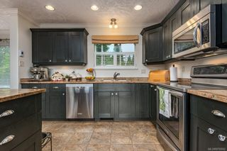Photo 4: 1609 Cypress Ave in : CV Comox (Town of) House for sale (Comox Valley)  : MLS®# 876902