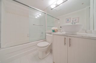 """Photo 12: 611 1189 HOWE Street in Vancouver: Downtown VW Condo for sale in """"GENESIS"""" (Vancouver West)  : MLS®# R2581550"""