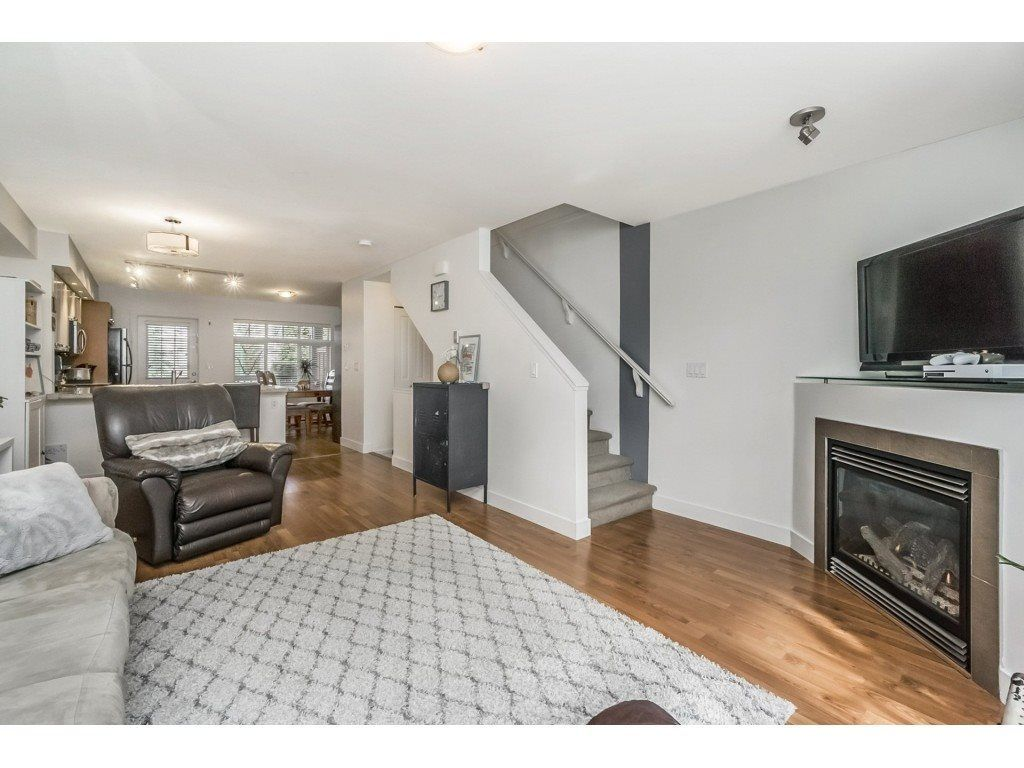 """Main Photo: 14 19448 68 Avenue in Surrey: Clayton Townhouse for sale in """"NUOVO"""" (Cloverdale)  : MLS®# R2250936"""