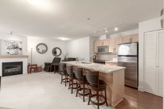 """Photo 4: 308 1211 VILLAGE GREEN Way in Squamish: Downtown SQ Condo for sale in """"ROCKCLIFF"""" : MLS®# R2621260"""