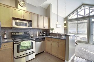 Photo 12: 19 117 Rockyledge View NW in Calgary: Rocky Ridge Row/Townhouse for sale : MLS®# A1061525