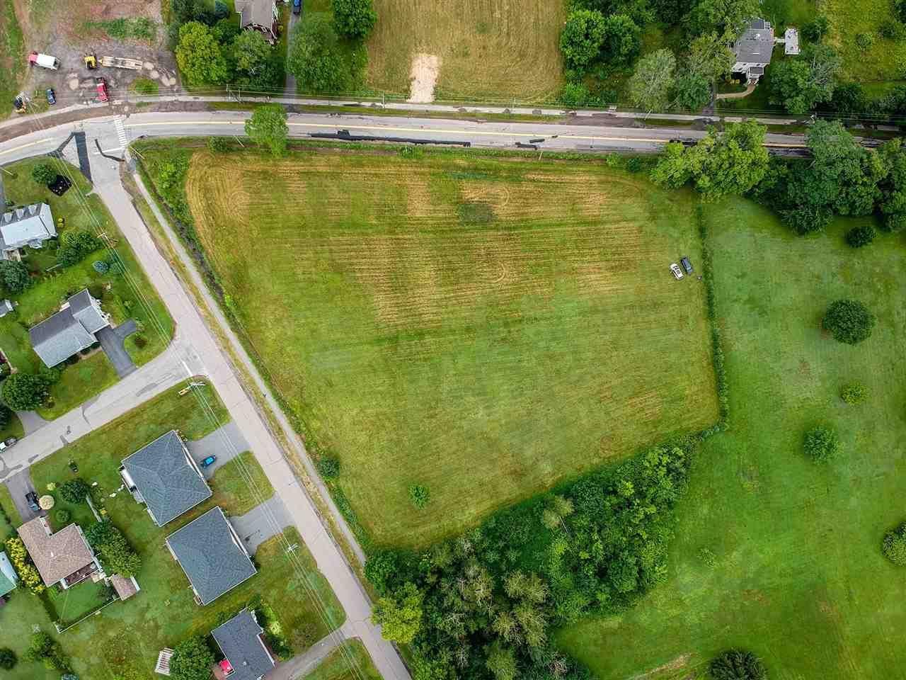 Main Photo: Lot Maple Avenue in Berwick: 404-Kings County Vacant Land for sale (Annapolis Valley)  : MLS®# 202015598