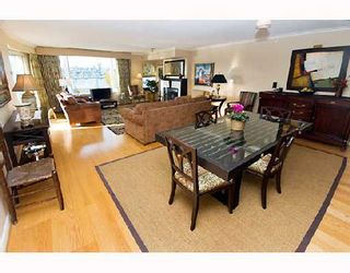 "Photo 2: 605 1383 MARINASIDE Crescent in Vancouver: False Creek North Condo for sale in ""COLUMBUS"" (Vancouver West)  : MLS®# V685162"