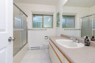 Photo 34: 901 Cobblestone Lane in Saanich: SE Broadmead House for sale (Saanich East)  : MLS®# 885657