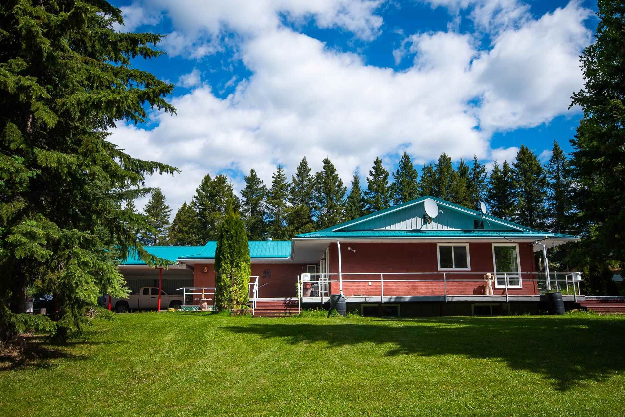 Main Photo: 15 1121 HWY 633: Rural Parkland County House for sale : MLS®# E4246924