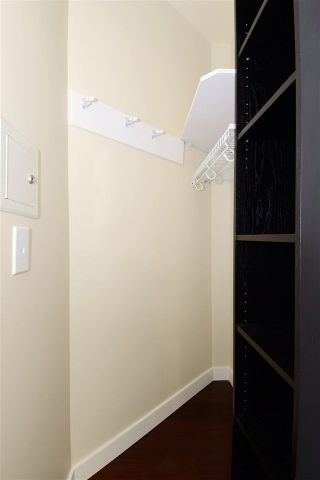 Photo 16: 402 838 AGNES Street in New Westminster: Downtown NW Condo for sale : MLS®# R2221116