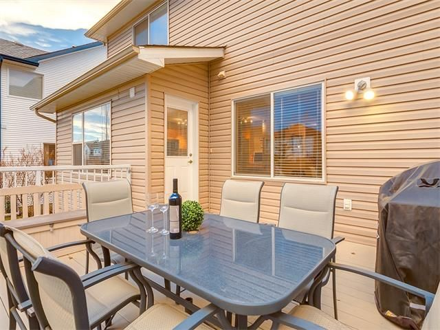 Photo 42: Photos: 40 COUGARSTONE Manor SW in Calgary: Cougar Ridge House for sale : MLS®# C4087798