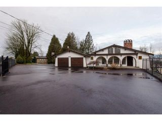 Photo 3: 32947 Clayburn Road in Abbotsford: House for sale