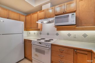 """Photo 10: 310 6198 ASH Street in Vancouver: Oakridge VW Condo for sale in """"THE GROVE"""" (Vancouver West)  : MLS®# R2605153"""