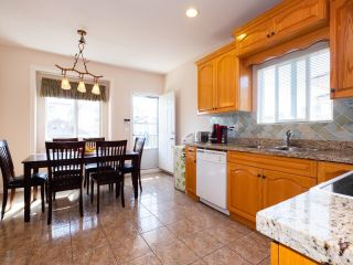 Photo 8: 5758 BURNS Place in Burnaby: Upper Deer Lake House for sale (Burnaby South)  : MLS®# R2618055