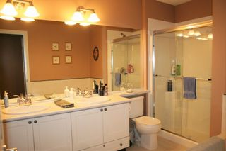 "Photo 15: 86 15168 36 Avenue in Surrey: Morgan Creek Townhouse for sale in ""Solay"" (South Surrey White Rock)  : MLS®# R2321918"