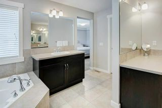 Photo 19: 54 VALLEY POINTE Bay NW in Calgary: Valley Ridge Detached for sale : MLS®# C4301556