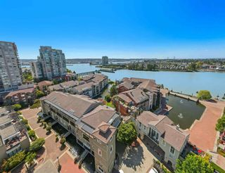 """Photo 39: 207 5 RENAISSANCE Square in New Westminster: Quay Townhouse for sale in """"THE LIDO"""" : MLS®# R2617609"""