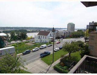 Photo 2: 403 209 CARNARVON Street in New_Westminster: Downtown NW Condo for sale (New Westminster)  : MLS®# V768547