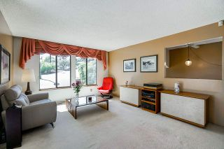 Photo 4: 2217 HILLSIDE Avenue in Coquitlam: Cape Horn House for sale : MLS®# R2387517