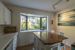 """Photo 14: 428 CROSSCREEK Road: Lions Bay Townhouse for sale in """"Lions Bay"""" (West Vancouver)  : MLS®# R2498583"""